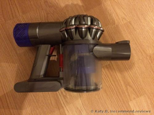 Dyson V6 Fluffy Vacuum cleaner