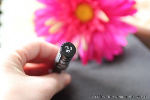 NYX  Full Throttle Lipstick