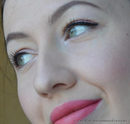 With the Tarte Tartiest Lash Paint Mascara on my lashes