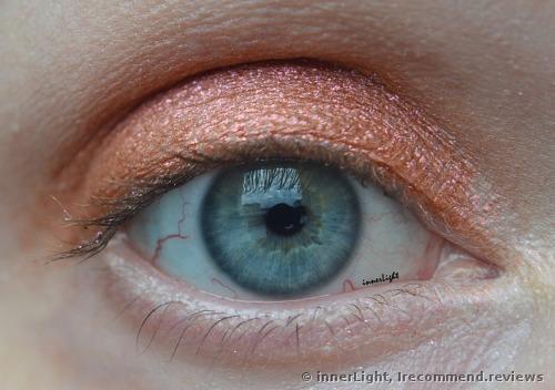 Urban Decay MOONDUST Eyeshadow Palette