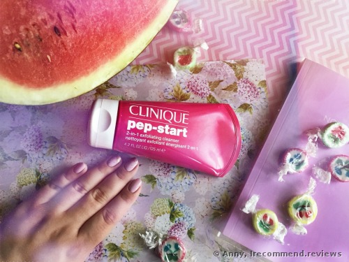 Clinique Pep-Start 2-in-1 Exfoliating  Cleanser