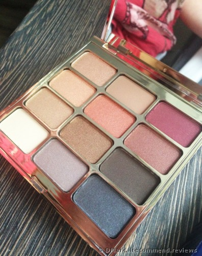 STILA Eyes Are the Window Eye Shadow Palette