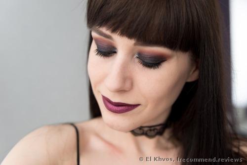 Makeup Revolution  Ultra 32 Shade Eyeshadow Palette - Flawless Eyeshadows