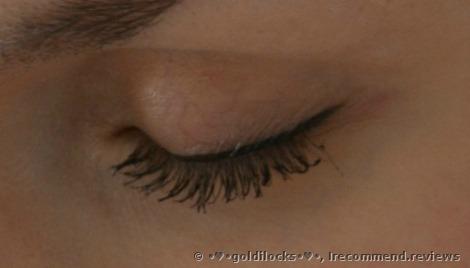 Pretty Easy Liquid Eyelining Pen by Clinique #17