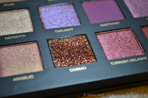 Huda Beauty Desert Dusk Eye Shadow Palette