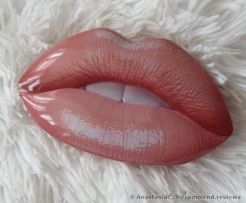 Huda Beauty  Lip Strobe