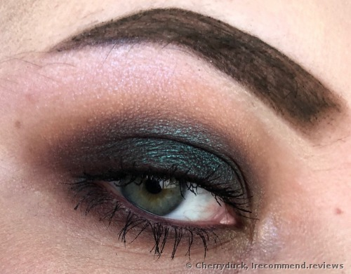 NYX  IN YOUR ELEMENT  Eyeshadow Palette