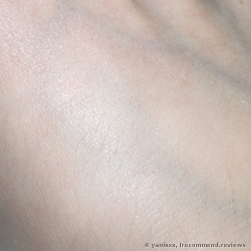 Clarins Huile Anti-Eau Contour Body Treatment Oil Body Oil