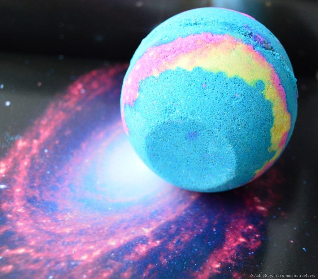 eat lush galaxy bathbombs - HD1027×900